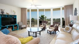 Three Bedroom Family-friendly Condo - Unit Crc0314