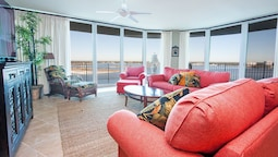 Tranquil Condo With Wraparound Balcony - Unit Crc1002