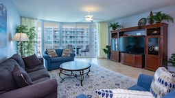 Two Bedroom Condo With Gulf and Bay Views - Unit Crc0816