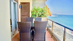 3BR Fuengirola Promenade - First Line Beach Apartment With Panoramic S