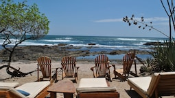 Sueno del Mar Beachfront Bed & Breakfast