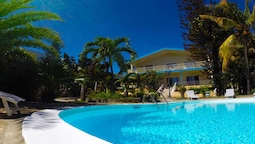 Villa With 5 Bedrooms in Flic en Flac, With Wonderful sea View, Privat