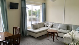 Harbour Lets - New Road Apartment - Porthcawl