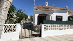 House With 3 Bedrooms in Oliva, With Furnished Terrace - 300 m From th