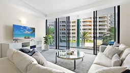 Aria Private 3 Bed Heart of Broadbeach
