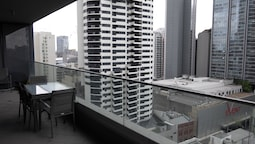 Large Apartment in World Square Sydney