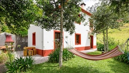House With 2 Bedrooms in Camacha, With Wonderful Mountain View, Enclos