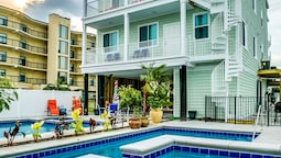 Together Resorts 20th Ave A/B My Myrtle Beach Retreat