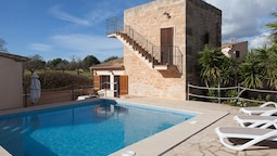 House With 2 Bedrooms in Ses Salines, With Pool Access, Enclosed Garde