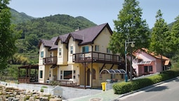 Namhae Bins House Pension