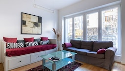Classic Chic Flat 100m2 in City Center