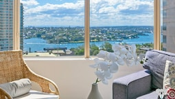 Harbour Bridge View 1 BED APT in The Rocks Ntr098