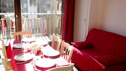 Apartment With 2 Bedrooms in Villarodin-bourget, With Wonderful Mounta