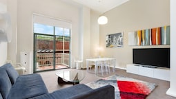 Pyrmont 1 Bedroom furnished - 857 PYR