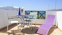 Apartment With 2 Bedrooms in Punta Mujeres, With Wonderful sea View, T