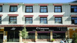 The Compass Hotel