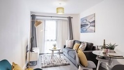 Luxury 2 Bedroom Town Centre
