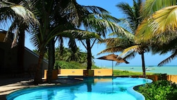 Box Cay Luxury Ocean Front Villa