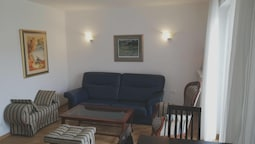 Apartment With 3 Bedrooms in Pula, With Wonderful City View, Terrace a