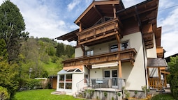 Splendid Apartment in Zell am See With Garden
