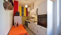 Apartment With 2 Bedrooms in Avignon, With Wifi - 40 km From the Slope