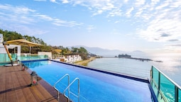 Namhae Lounge 32 Resort A