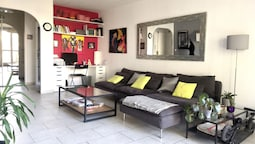 Apartment With 2 Bedrooms in Aix-en-provence, With Enclosed Garden and