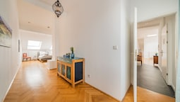 250sqm-Sauna-Terrace-Fireplace-AC
