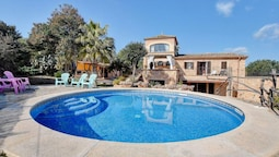 Villa - 4 Bedrooms with Pool - 107803