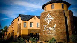 Royal Elephant Hotel & Conference Centre