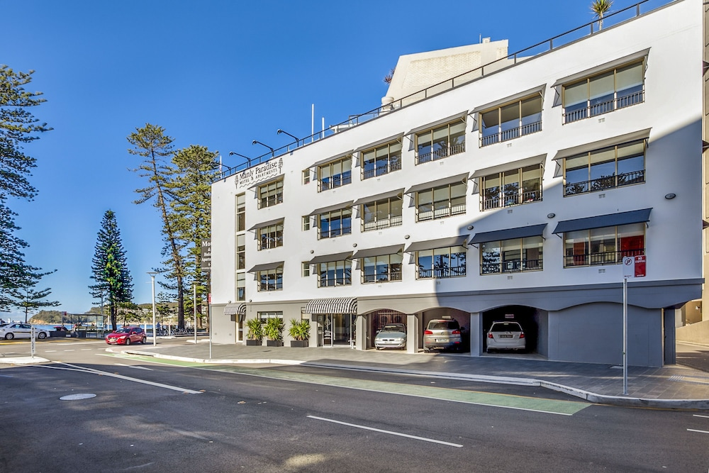 Manly Paradise Motel & Apartments