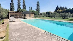 Villa With 5 Bedrooms in Eygalières, With Private Pool, Furnished Gard