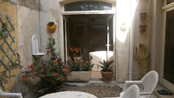 House With 4 Bedrooms in Tarascon, With Wonderful Mountain View and En
