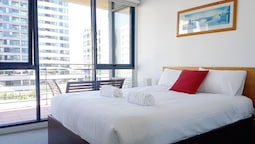 Cosy Apartment in Flagstaff for 4 - Free Parking in Melbourne CBD