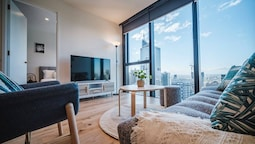 Modern Living@collins Centro Location 2BR