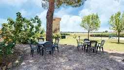 Delux Holiday Home in Castiglione del Lago With Pool