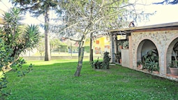 With a Private Garden, a few km From the Beaches of Versilia, Tuscany