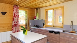 Luxury Chalet in Saint-martin-de-belleville With Balcony