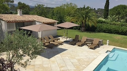 Stylish Villa Near Mougins With Large, Private Pool and Lovely Outdoor