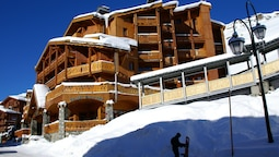 Nice Apartment Near the Slopes and Center of Val Thorens