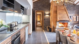 Nice Apartment Near the Center of Val Thorens and Slopes
