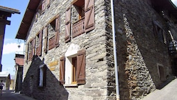 Charming Apartment in Kinrooi, French Alps Near Ski Area