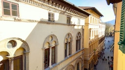 Gorgeous Holiday Home in Lucca Town Centre