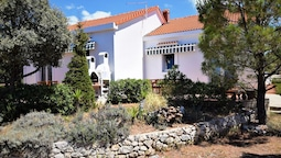 Holiday House in a Quiet Area,350 m From the Sea,private Garden,terrac