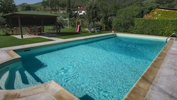 Spacious Farmhouse in Castiglion Fiorentino With Pool