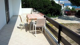 Spacious Apartment With sea View,200 Meters Distant From the Beach,bbq