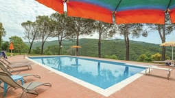 Lavish Holiday Home in Subbiano Arezzo With Swimming Pool