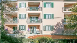 Nice Apartment Mareonda With Balcony With Forest and sea View in the D