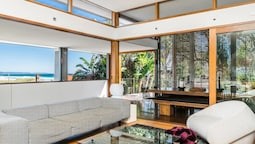 Your Luxury Escape - Byron Beachfront Villa