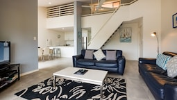 The Noosa Apartments 6